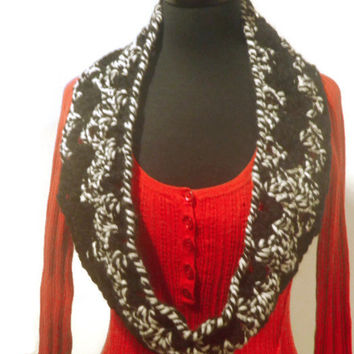 chunky black and white infinity scarf, cowl scarf, trendy modern scarf