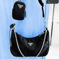 PRADA 2020 New Nylon Suit Retro Hobo-Underarm Bag-Leisure-Crescent Crossbody Bag Black