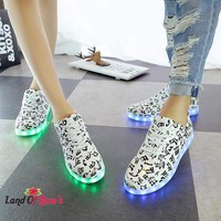 Glowing LED Shoes Light Up White Luminous Shoes New Dancing Shining Shoes