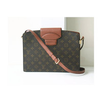 Louis Vuitton Bag Monogram Courcelles  vintage rare Authentic Shoulder Handbag