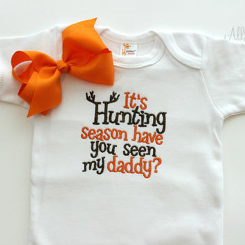 Boys or Girls Hunting Season Bodysuit with bow - Baby Shower Gifts - Daddy - Embroidered - Long Sleeve - Short Sleeve - Camo- Boutique