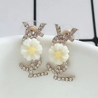 YSL Stylish Ladies Diamond Stud Earrings Daisy Flowers Stud Earrings