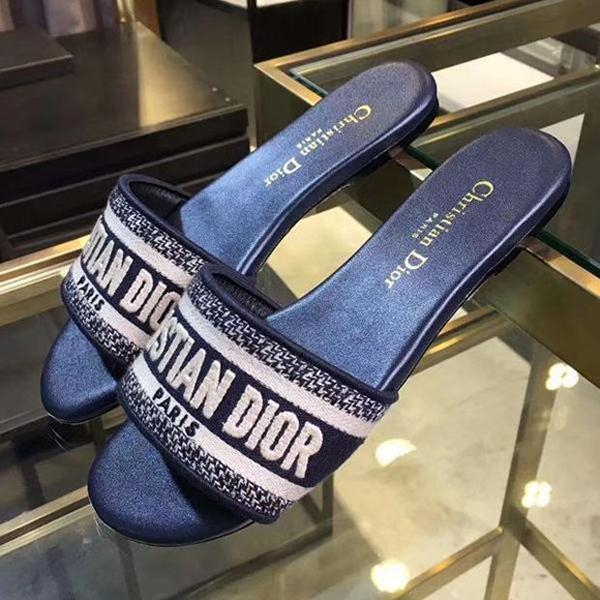 Image of Dior Women Fashion Slipper Sandals Shoes