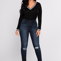Yiota Distressed Ankle Jeans - Dark Denim