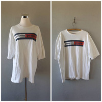 tommy jeans t shirt - vintage 90s hilfiger cotton tee - men's size xl/extra large - club kid cyber ghetto tshirts - 90s grunge vaporwave top