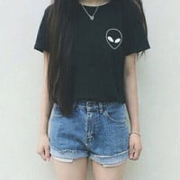 Women Sexy hipster t-shirt ALIEN POCKET Letter grunge t-shirt Cotton Casual Tumblr tees Sport tops Summer Style pullover