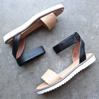 minimalist jaguar sandal in black + tan