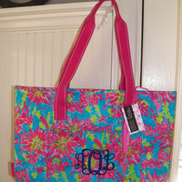 Lilly Pulitzer Trippin and Sippin 2014 pattern Insulated cooler Tote monogrammed