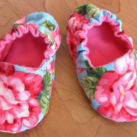 soft soled baby shoes 'Roselyn'... Newborn to 24 months sizing available...by birdy boots on Etsy