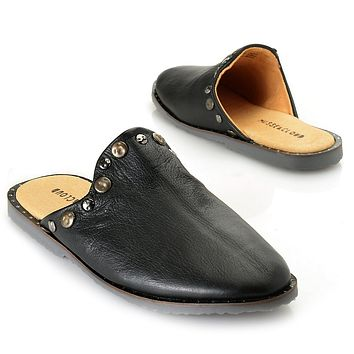 """Musse & Cloud """"Izzie"""" Grained Leather Stud Detailed Mules"""