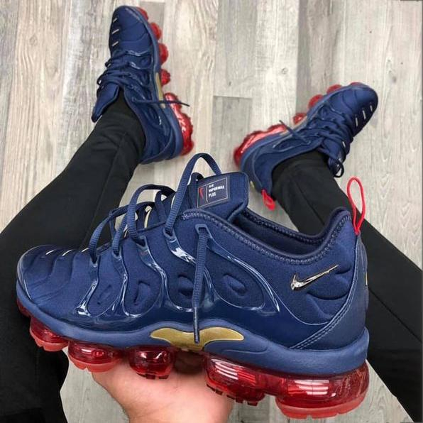 Image of Nike Air Max Vapormax Plus TN Vascular Atmospheric Cushion Fashion personality men and women casual sports shoes