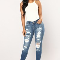 Happy Ever After Ankle Jeans - Medium Blue Wash