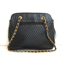 Vintage black Quilted Purse With Gold Chain and Tassel. fancy Shoulder Purse.