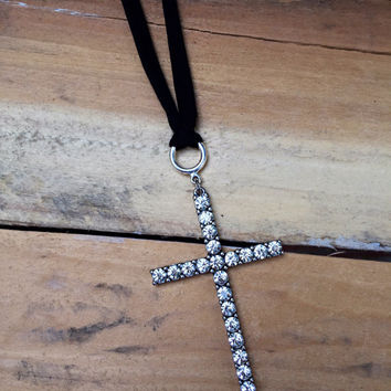 Rear view Mirror Cross Charm Silver Car Accessories For Girls Bling Rhinestone Crystal Women Dangling Car Ornament Christian Gift Spiritual
