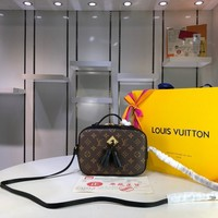 Kuyou Lv Louis Vuitton Fashion Women Men Gb2966 M43555 Monogram Walks Across Body Bags Saintonge 21.0*8.0*15.0cm