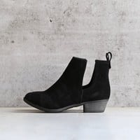 final sale - faux suede side cut out bootie - black