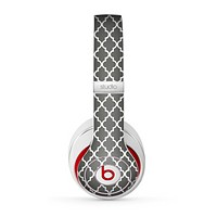 The Gray Toned Layered Chevron Pattern Skin for the Beats by Dre Studio (2013+ Version) Headphones