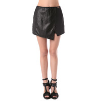 Asymmetric skorts with leather look insert