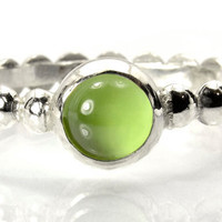 Peridot Bead Band Ring,  Sterling Silver Stacking Ring with Bubble Band and Peridot Cabochon