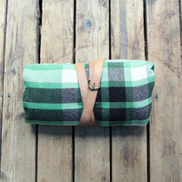Vintage Lightweight Wool Plaid Camp Blanket / Picnic Blanket, Pearce, Double, Full Size