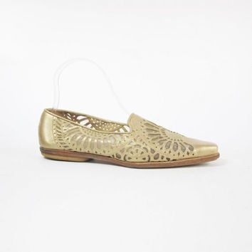 1990s Gold Leather Flats Mesh Cut Out Flats Gold Loafers Pointy Toe Floats Slip On Flats Espadrille Flats Womens Metallic Gold Shoes (7.5)