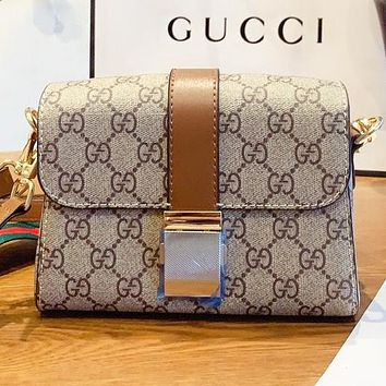 Hipgirls GUCCI  New fashion more print leather shopping and leisure shoulder bag crossbody bag