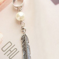 Silver Faux Pearl and Feather Drop Ear Cuff