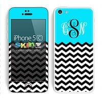 Custom Monogrammed Chevron Pattern Turquoise and Black Skin For The iPhone 5c