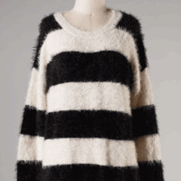 Lovely Fuzzy Striped Sweater Tunic In Black/White|Thirteen Vintage
