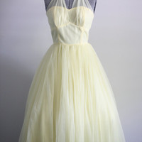 Vintage 1950s Dress / 1950s Prom Dress / Yellow Tulle Halter Party Dress S