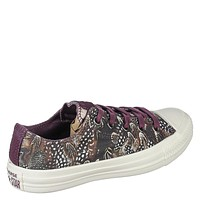 Women's Lace-Up Sneaker Chuck Taylor All Star Ox