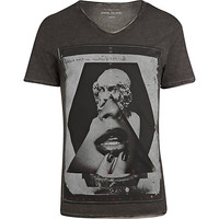 River Island MensBlack triangle power print t-shirt