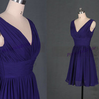 2014 short purple chiffon bridesmaid dress in purple,cheap cute dress for wedding party,simple v-neck women gowns hot.