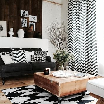Drapes with Black and White Wave