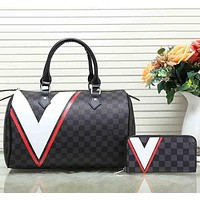 Louis Vuitton women's stylish leather handbag wallet set two-piece suit F