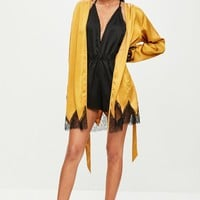 Missguided - Gold Saatin Lace Insert Robe