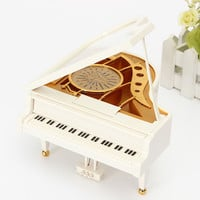 2016 New White Gold Piano Music Box Classical Day Gift Boutique with Dancing Girl Song to Alice Mechanical Dancing Ballerina