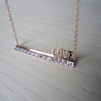 Clavicle chain 18K rose gold plated, LOVE letters short chain,crystal-studded senior lateral bar,Special love, special gift
