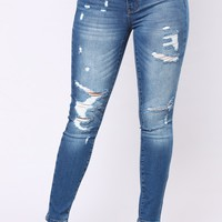 Too Used To It Booty Lifting Jeans - Medium Blue Wash