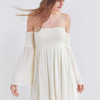 Ecote Elora Off-The-Shoulder Smocked Dress   Urban Outfitters