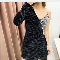 One-shoulder diamond-sequined dress with sexy halter neck and v-neck