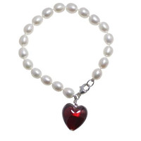 """7.5"""" Oval Pearl Bracelet with Red Murano Glass Heart"""