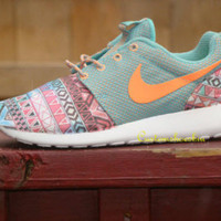 Rainbow Tribal Jade Blue Atomic Orange NIKE Roshe