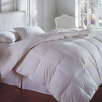 Cascada Summit White Goose Down Comforter by Downright