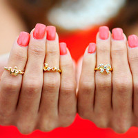 Good To Be Girly Mid Rings | Hope's