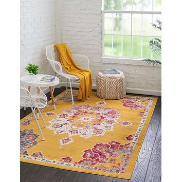 Traditional Castle Area Rug