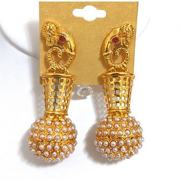 Elephant face stud with pearl embedded ball gold imitation earring