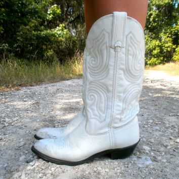 white cowgirl boots 65 by neonative on Etsy