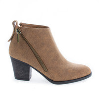 Avenge01M Chestnut By Bamboo, Zip Up Almond Toe High Chunky Heel Ankle Boots