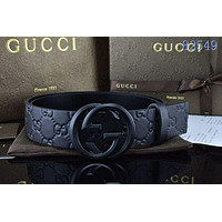 GUCCI vintage embossed double G letter smooth buckle belt